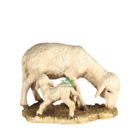 ANRI - Sheep with lamb - Walter Bacher nativity
