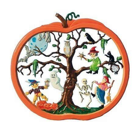Halloween Wall Picture - hanging pewter ornament