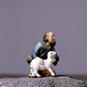 ANRI - Shepherd kneeling with sheep - Vinzent nativity